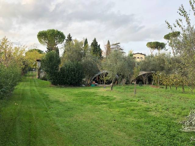 MARIGNOLLE, FIRENZE, Building plot of land for sale of 1200 Sq. mt., Excellent Condition, Heating Non-existent, Energetic class: Not subject, placed