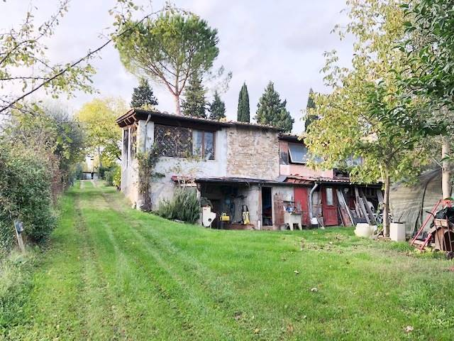 MARIGNOLLE, FIRENZE, Building plot of land for sale of 140 Sq. mt., Be restored, Heating Non-existent, Energetic class: G, Epi: 226,5 kwh/m2 year,
