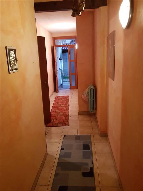 Villa a schiera, Tromello, abitabile