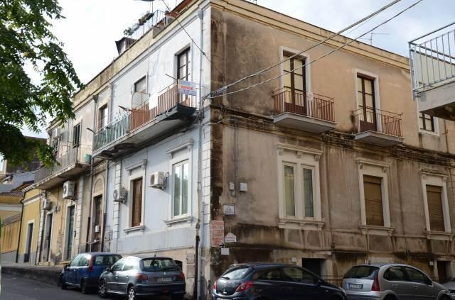 Trilocale in Via Pietro Abbadessa 9, Catania