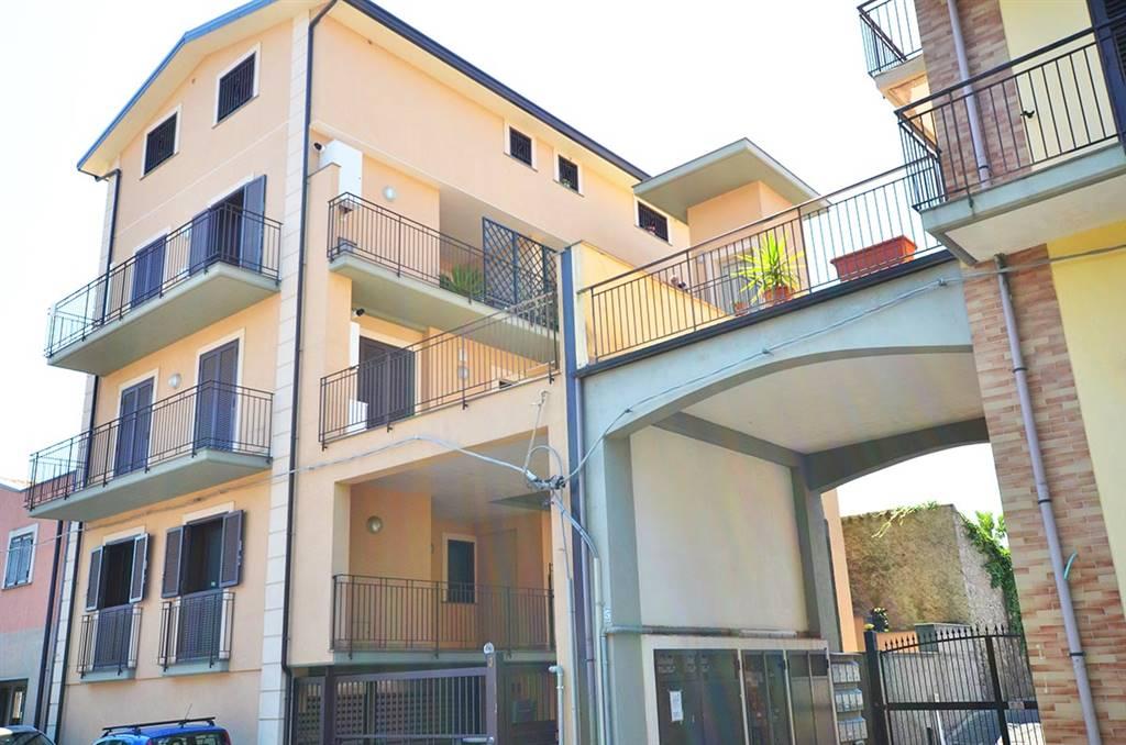 Bilocale in Via Giacomo Leopardi  3, Trappeto, San Giovanni La Punta