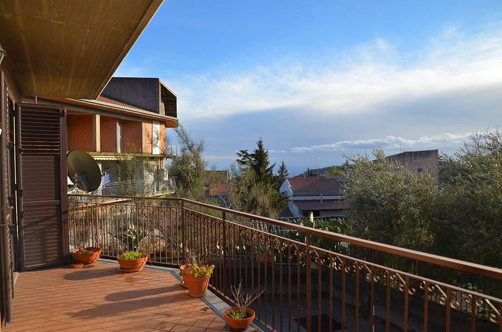 Trilocale in Via Vincenzo Bellini 15\a, Pedara
