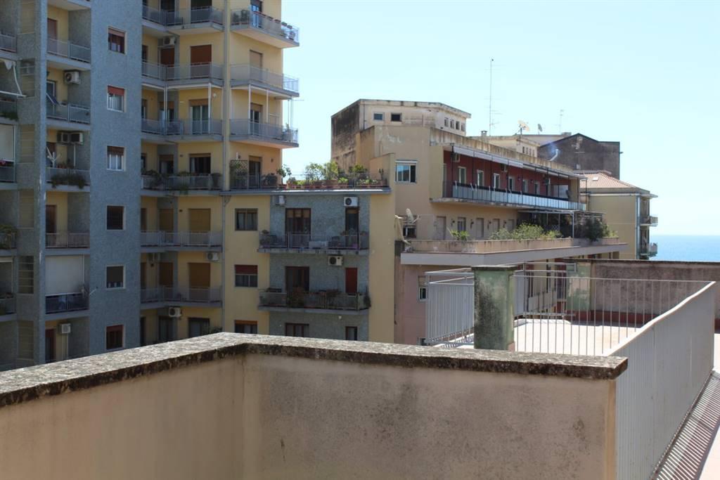 Quadrilocale in Via Cervignano  32, Catania