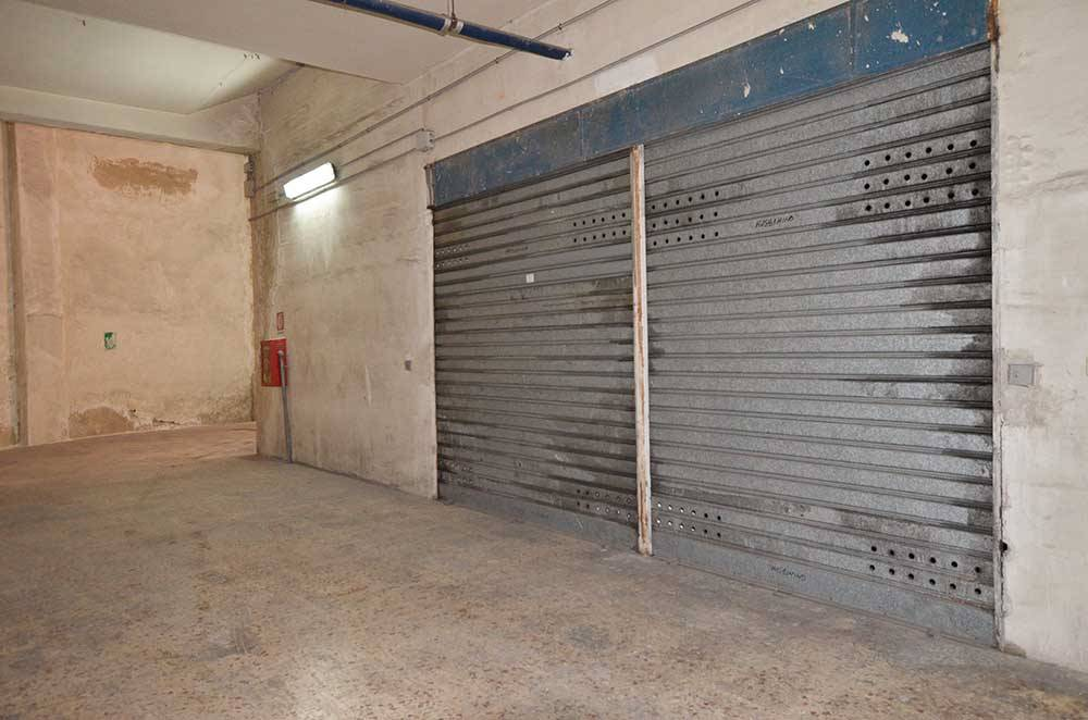 Garage / Posto auto in Via Caronda  470, Catania