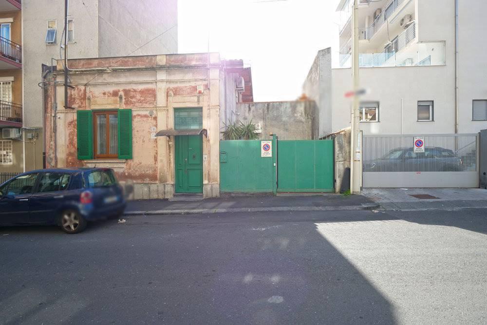 Casa singola, Catania, ristrutturata
