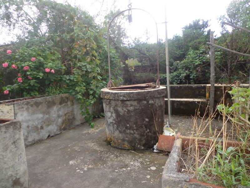 Rustico casale, Linera, Santa Venerina, da ristrutturare