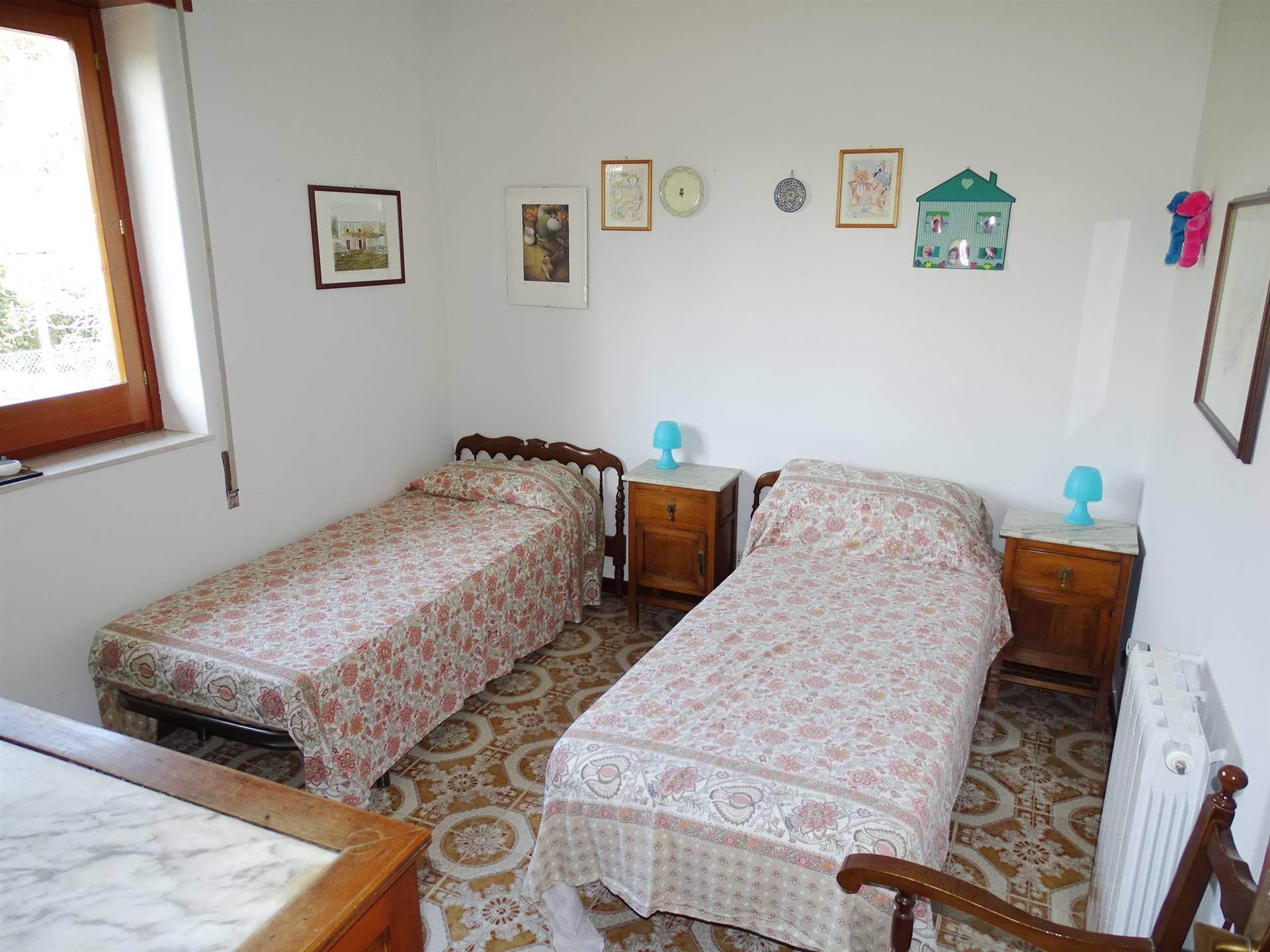 camera seconda p2