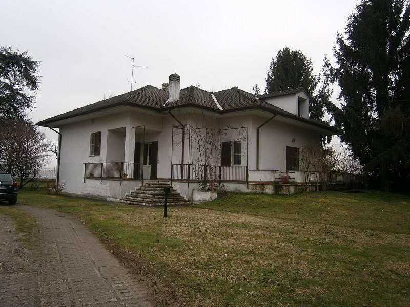 Villa in vendita a Capergnanica, 9 locali, prezzo € 350.000 | PortaleAgenzieImmobiliari.it