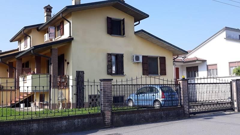Villa bifamiliareaCASALE CREMASCO-VIDOLASCO