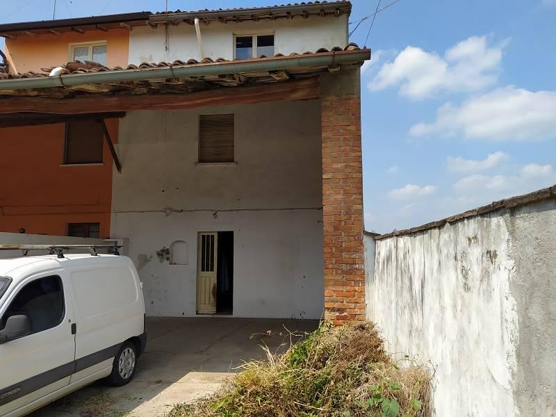 Rustico / Casale in vendita a Capergnanica, 3 locali, prezzo € 80.000   PortaleAgenzieImmobiliari.it