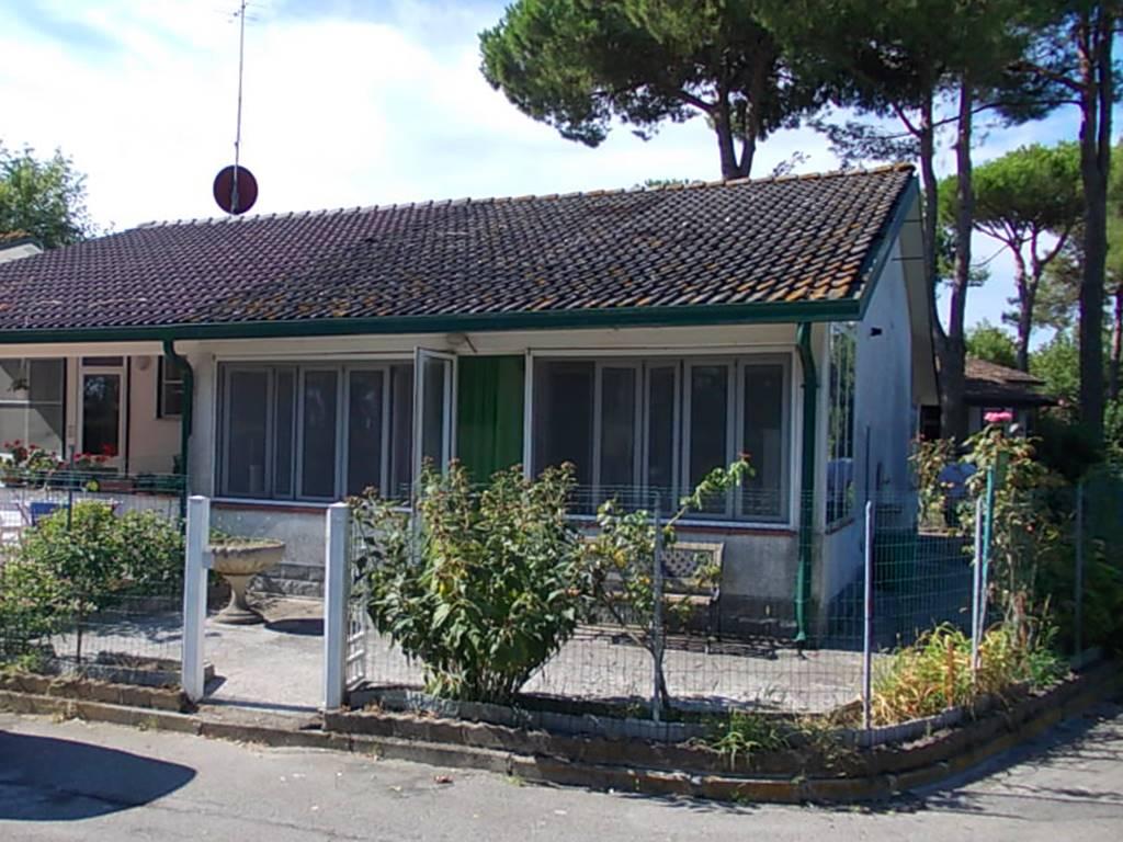 Villa a schiera in Viale Del Lago, Lido Delle Nazioni, Comacchio