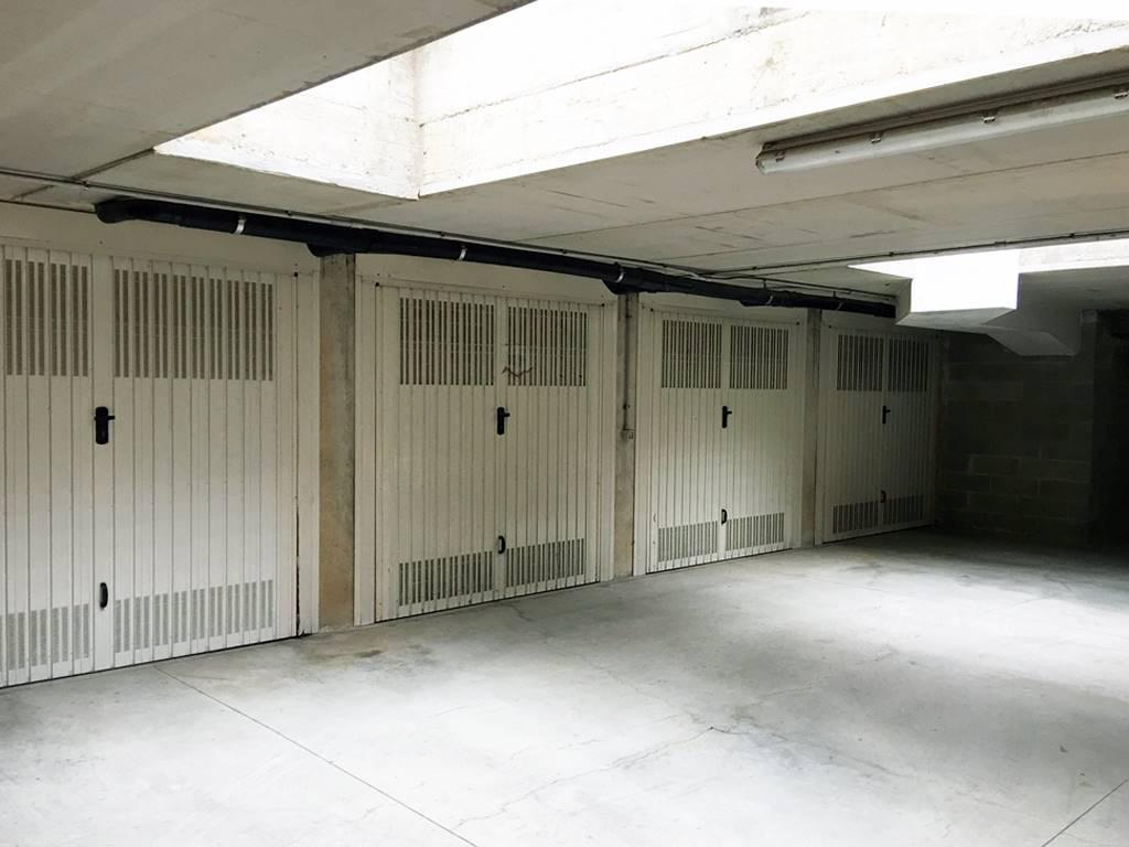 Garage / Posto auto in Via De Amicis 23, Burago Di Molgora