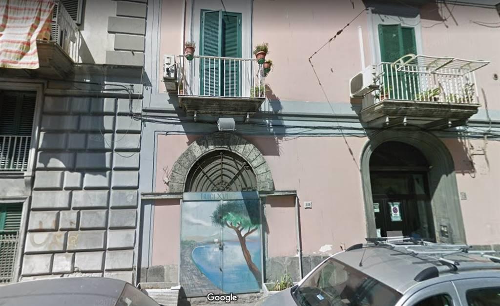 Case avvocata napoli in vendita e in affitto napoli for Monolocale napoli affitto arredato