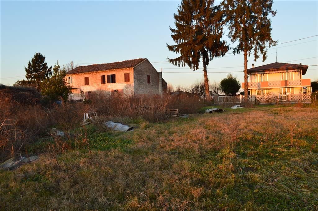 Rustico / Casale in vendita a Tribano, 5 locali, zona Località: FRAZIONI: OLMO, prezzo € 55.000   CambioCasa.it