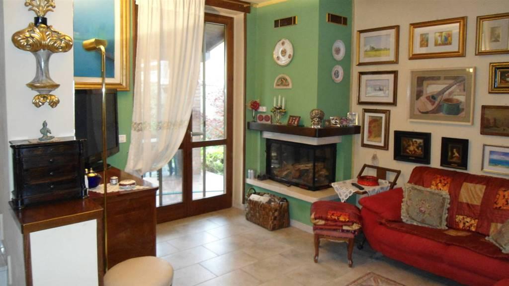 Villa in vendita a Dovera, 4 locali, prezzo € 179.000 | CambioCasa.it