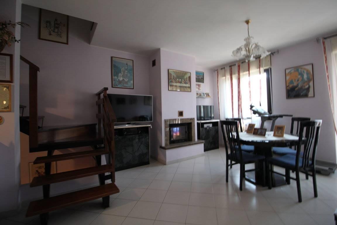 Villa a Schiera in vendita a Lodi Vecchio, 4 locali, prezzo € 191.000 | CambioCasa.it