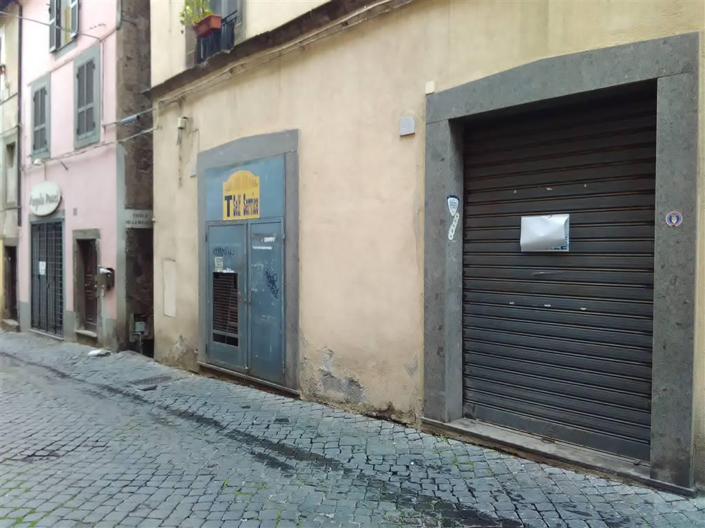 Locale commerciale, Vetralla