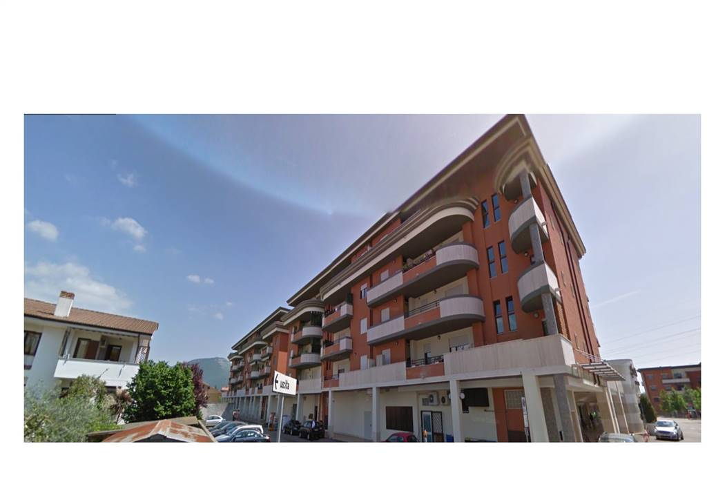 Appartamento in vendita a Sermoneta, 3 locali, zona Località: PONTENUOVO, prezzo € 146.000 | CambioCasa.it