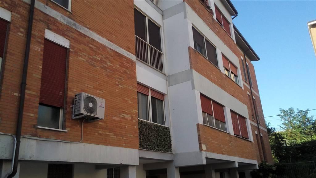 Appartamento in Via Raffaele Paolucci, Vasto Marina, Vasto