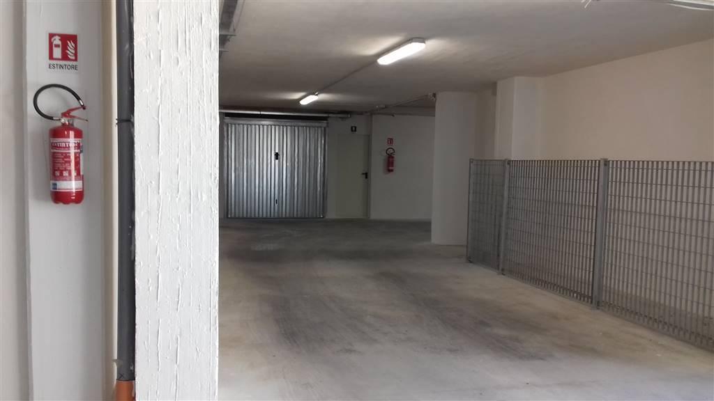 Foto garages condominio