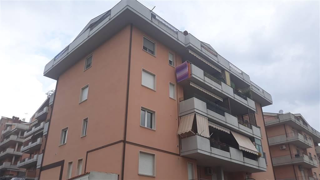 Appartamento in vendita a San Salvo, 3 locali, prezzo € 85.000   CambioCasa.it