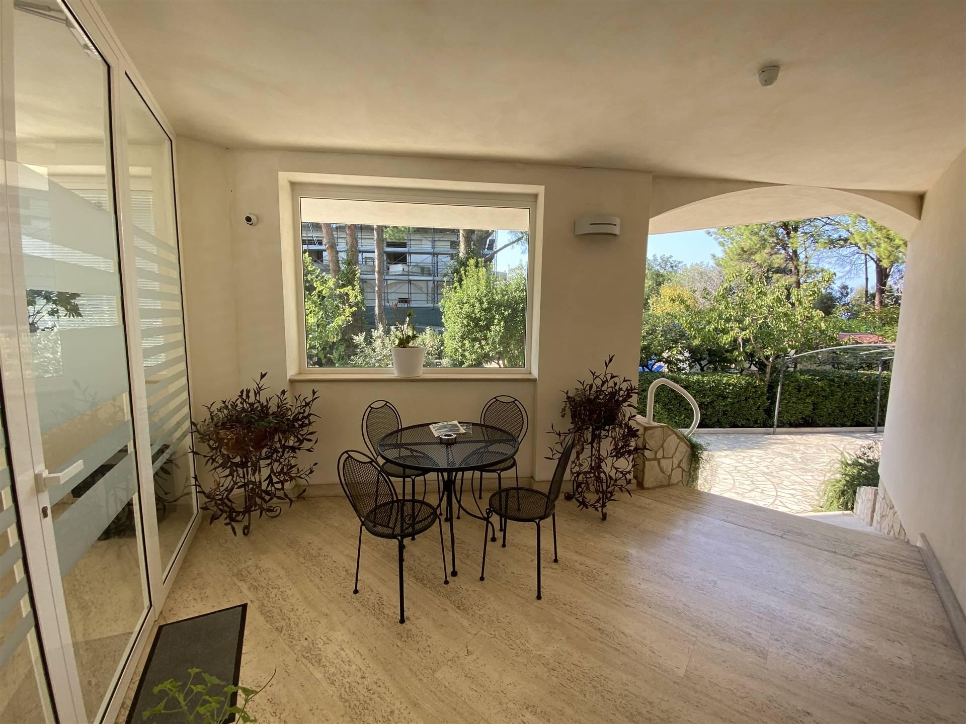 Appartamento in affitto a Vasto, 3 locali, zona Zona: Vasto Marina, prezzo € 900 | CambioCasa.it