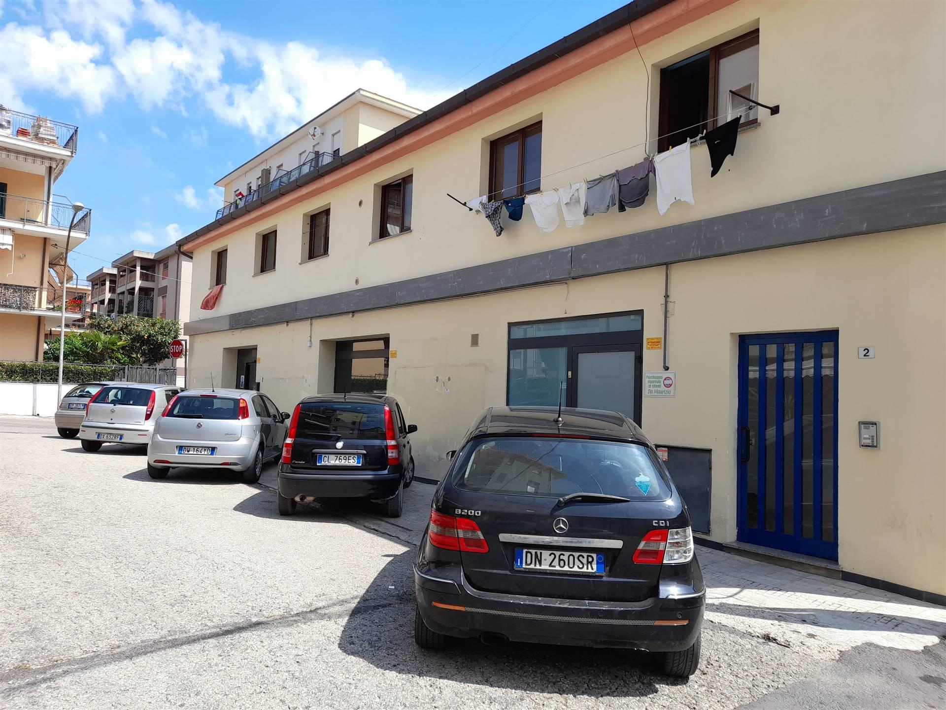 Foto parcheggio esterno