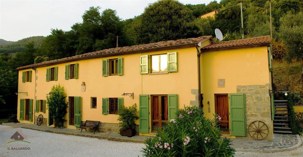 Rustico / Casale in vendita a Monsummano Terme, 3 locali, prezzo € 1.300.000 | CambioCasa.it