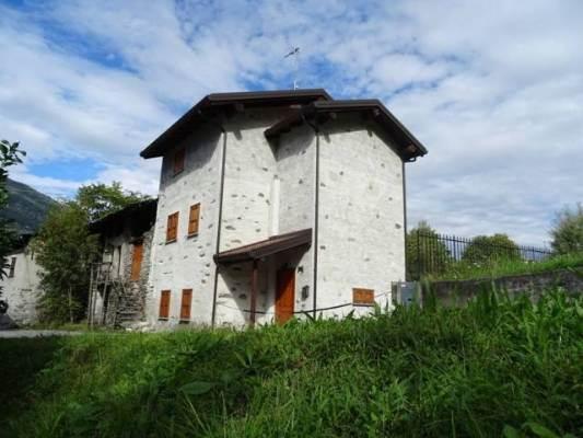 Rustico casale in Via Varola, Albosaggia