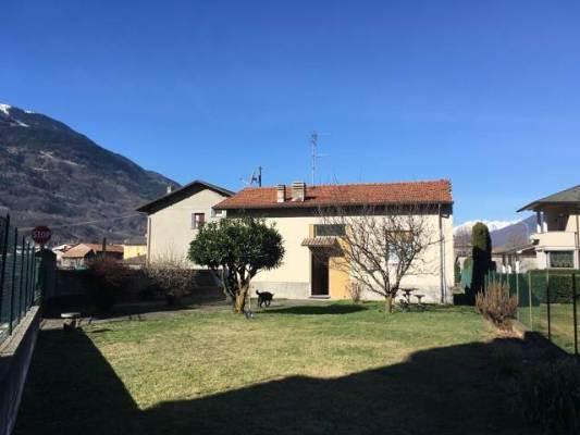 Villa in vendita a Cosio Valtellino, 3 locali, prezzo € 295.000 | CambioCasa.it