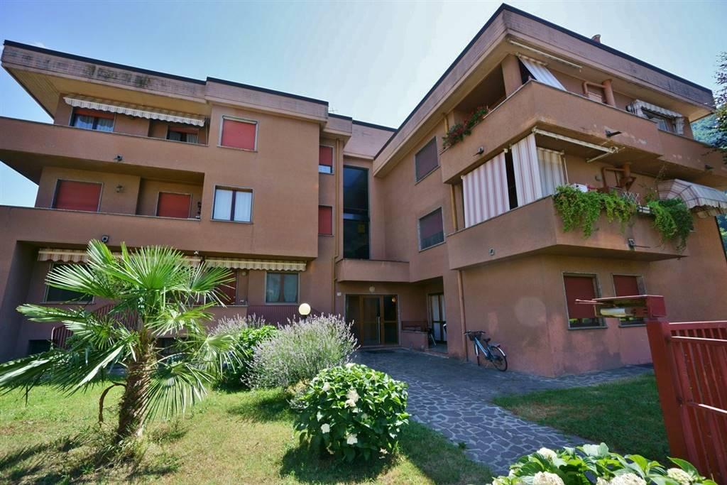 Appartamento in vendita a Cosio Valtellino, 6 locali, prezzo € 89.000 | CambioCasa.it