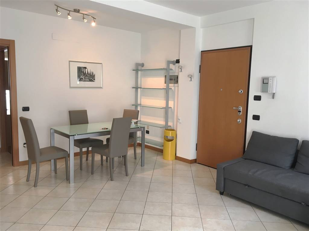 Appartamento in Via Caimi, Sondrio