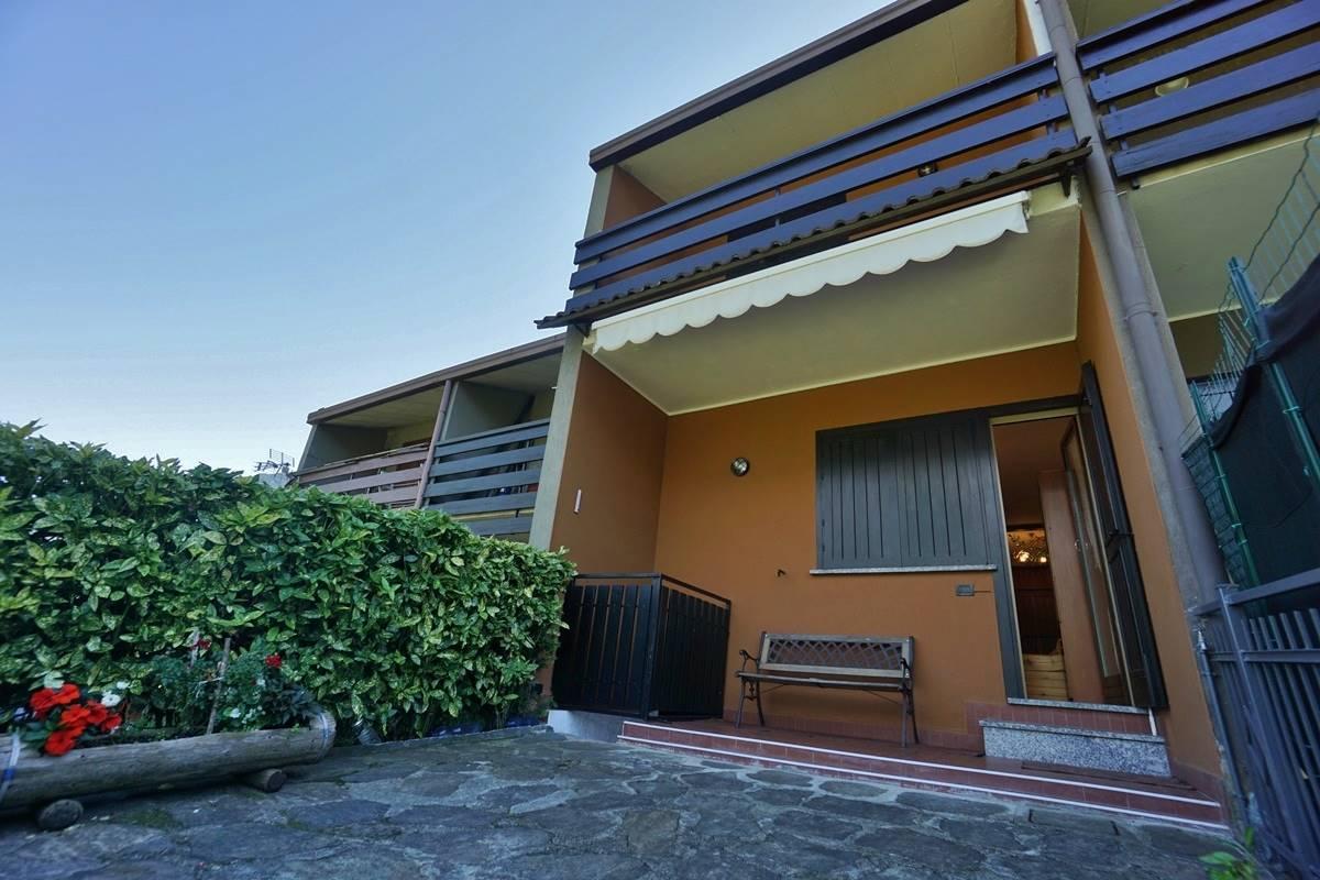 Villa a Schiera in vendita a Colorina, 5 locali, prezzo € 97.000   CambioCasa.it