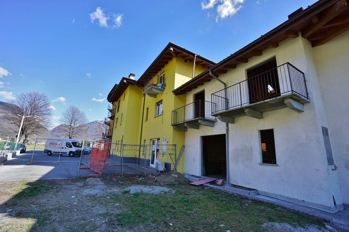 Villa a Schiera in vendita a Morbegno, 4 locali, prezzo € 139.000 | CambioCasa.it