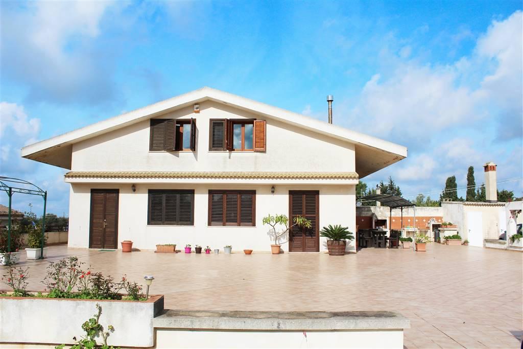 Villa, Bruscé, Ragusa, in ottime condizioni