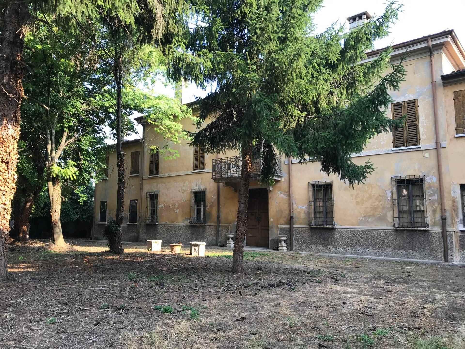 Villa in Vendita a Borgo Virgilio