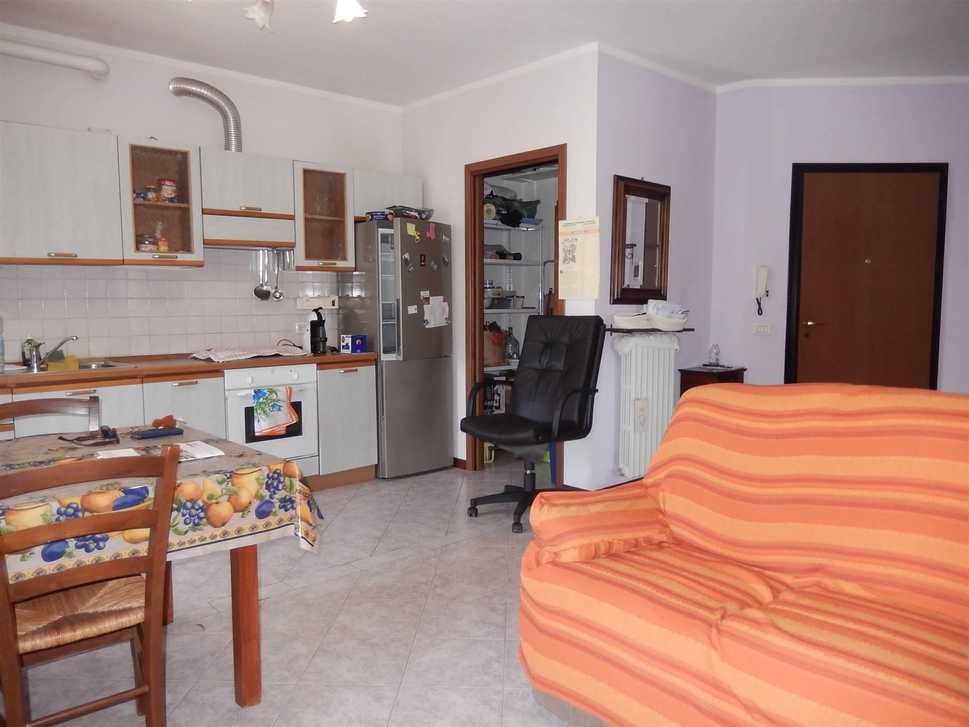 Appartamento in vendita a Mantova, 3 locali, zona Zona: Frassino, prezzo € 110.000 | CambioCasa.it