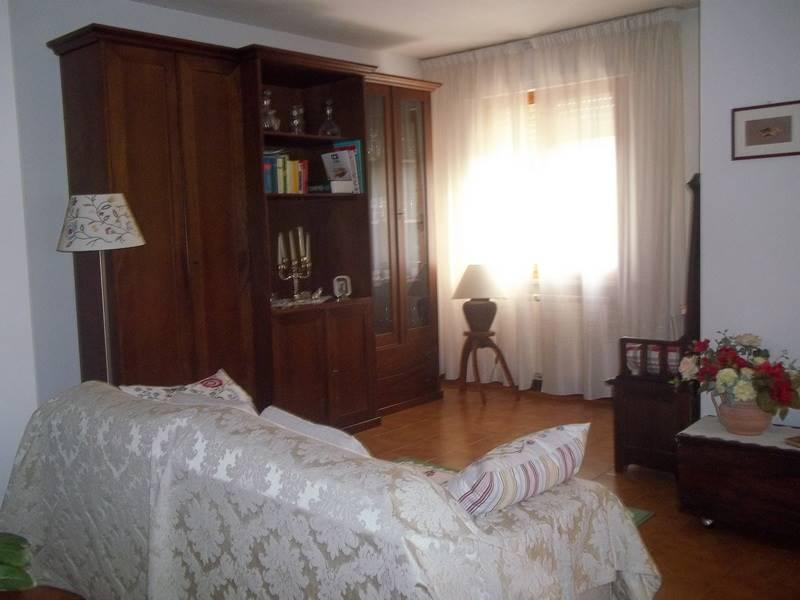 Appartamento in vendita a Tresana, 4 locali, zona Zona: Barbarasco, prezzo € 115.000 | CambioCasa.it