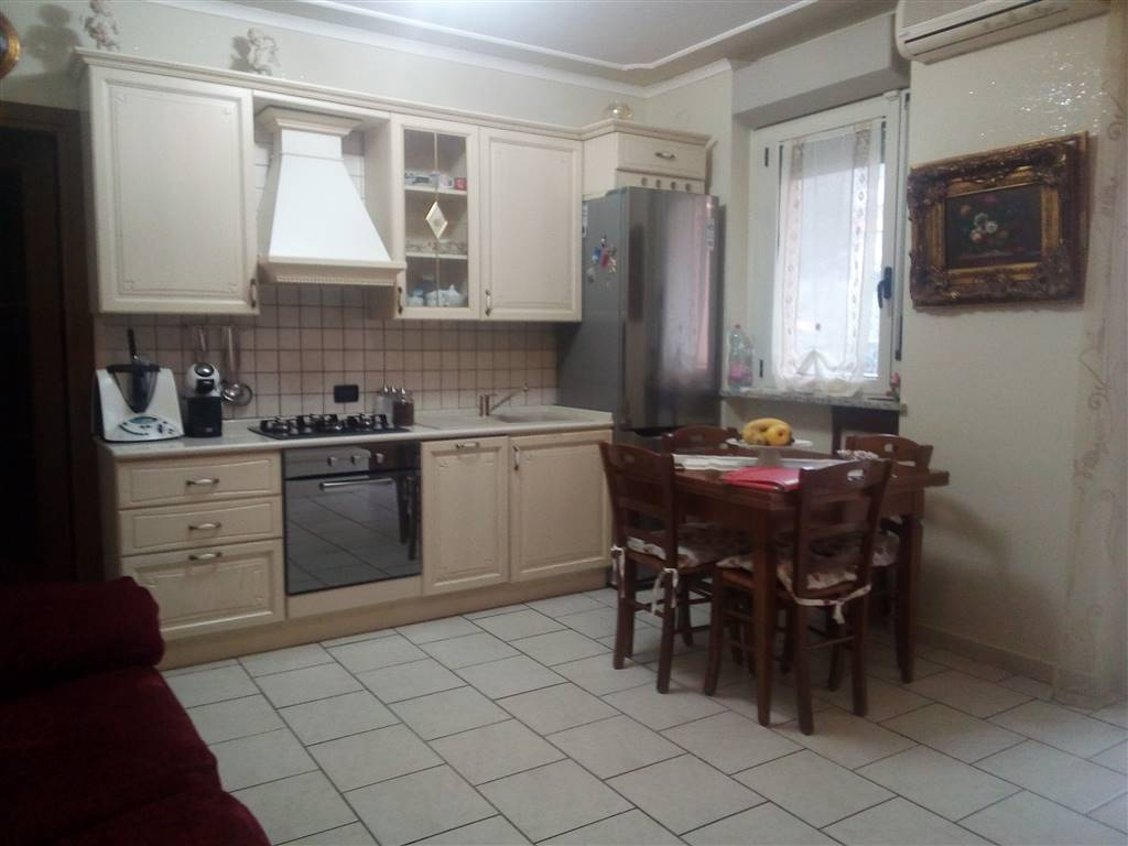 Appartamento in vendita a Aulla, 3 locali, zona Zona: Albiano Magra, prezzo € 99.000 | CambioCasa.it