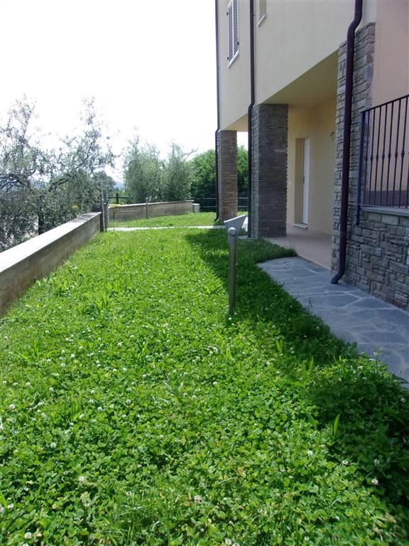 Bifamiliare, Podenzana, in nuova costruzione