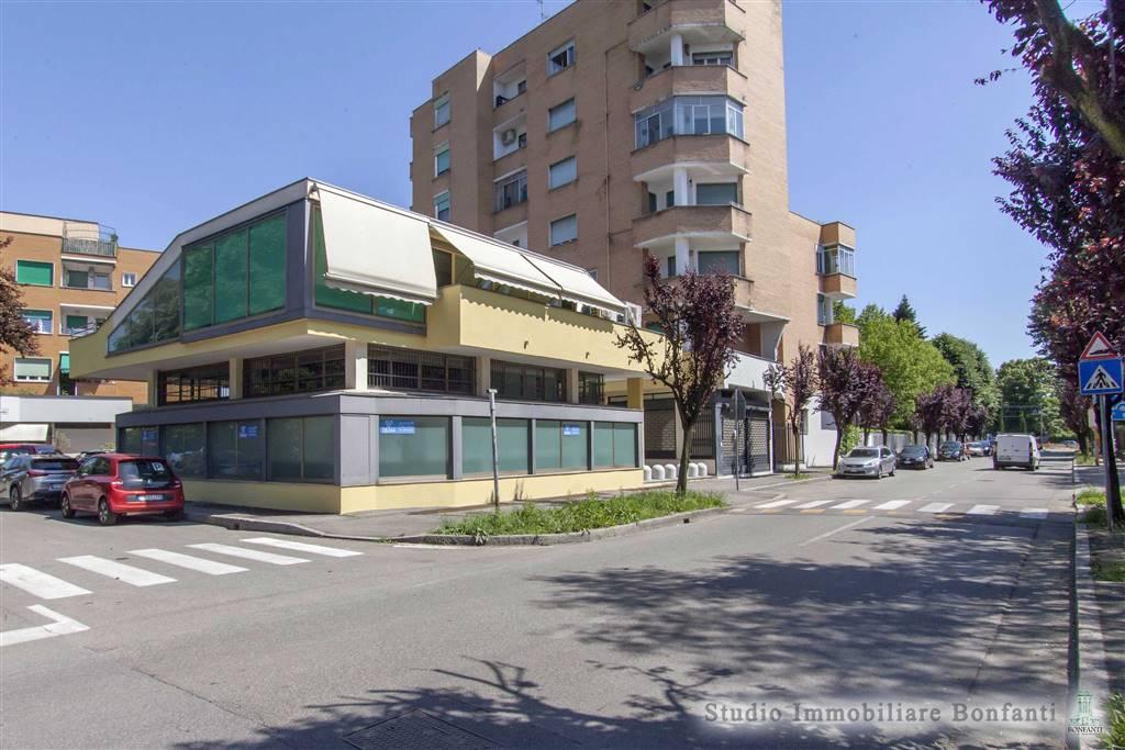 Ufficio / Studio in vendita a Cormano, 10 locali, zona Zona: Brusuglio, prezzo € 350.000 | CambioCasa.it