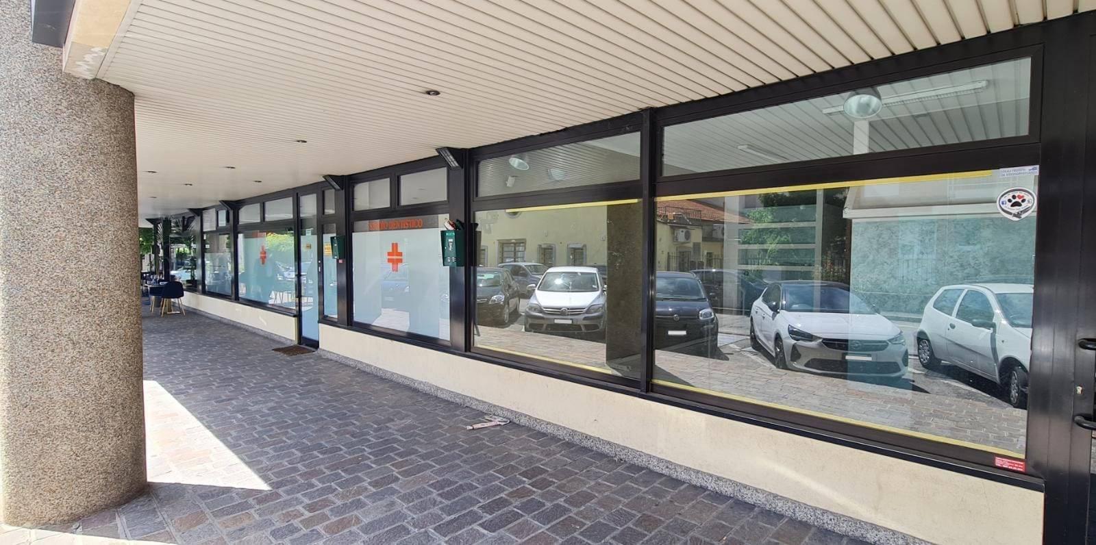 Negozio / Locale in vendita a Cusano Milanino, 1 locali, prezzo € 127.500   CambioCasa.it