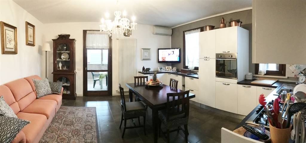 Appartamento in vendita a Castelbelforte, 3 locali, prezzo € 90.000 | CambioCasa.it