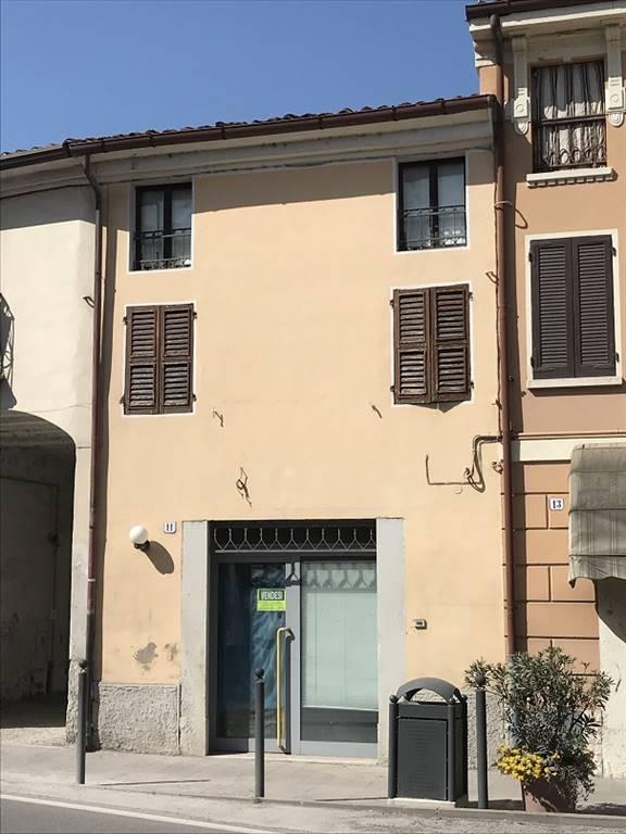 Negozio / Locale in vendita a Castel d'Ario, 3 locali, zona Zona: Centro Urbano, prezzo € 50.000 | CambioCasa.it