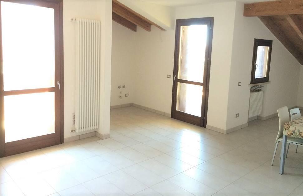 Appartamento in vendita a Castelbelforte, 2 locali, prezzo € 79.000 | PortaleAgenzieImmobiliari.it
