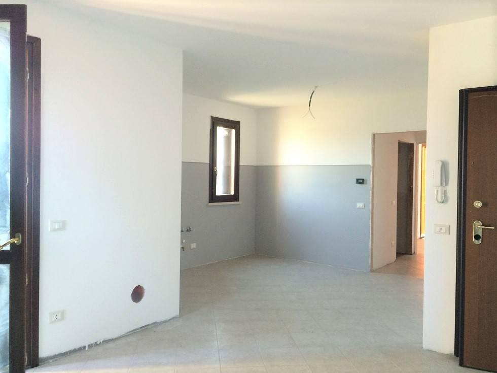 Appartamento in vendita a Castelbelforte, 4 locali, prezzo € 89.000 | PortaleAgenzieImmobiliari.it