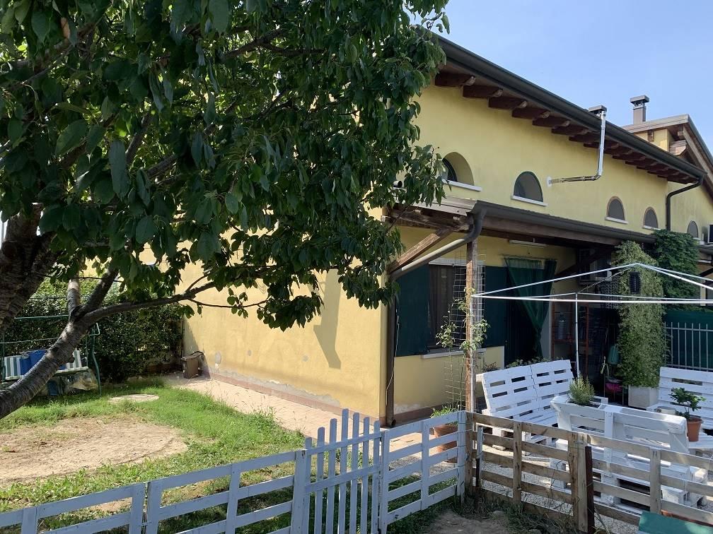 Villa in vendita a Villimpenta, 4 locali, prezzo € 98.000   PortaleAgenzieImmobiliari.it