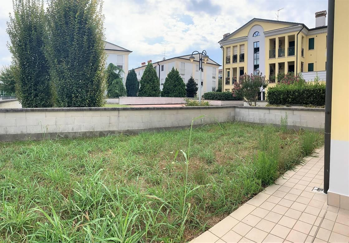 Appartamento in vendita a Porto Mantovano, 3 locali, zona Zona: Sant'Antonio (capoluogo), prezzo € 139.000 | CambioCasa.it