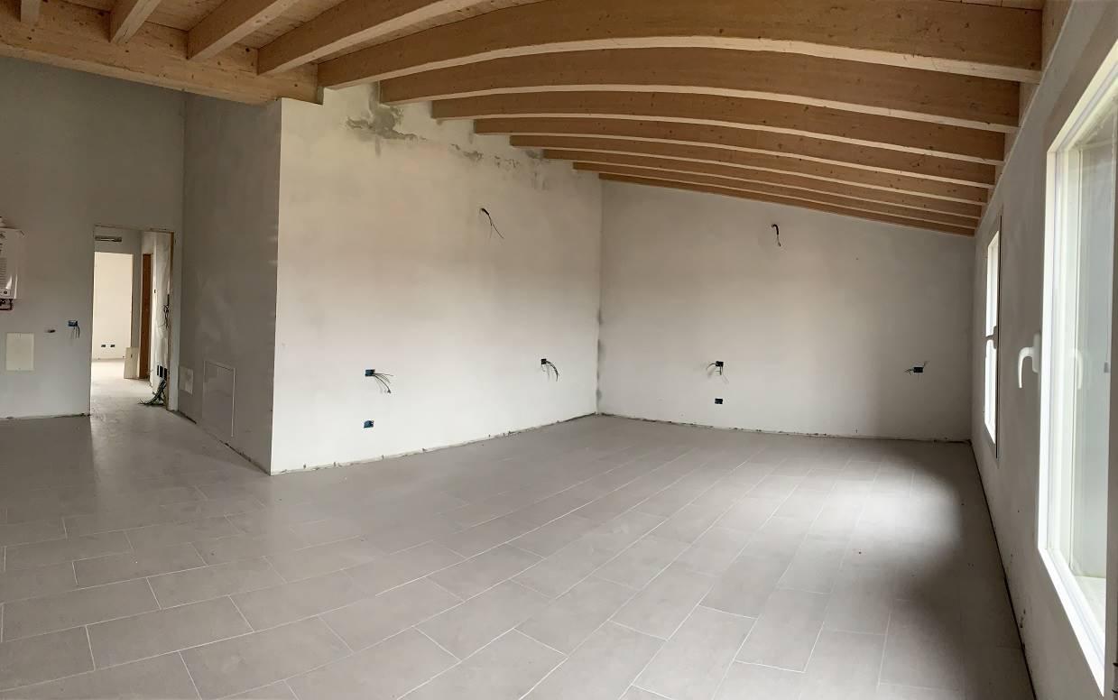 Appartamento in vendita a Roncoferraro, 3 locali, zona Località: CADÉ, prezzo € 95.000 | CambioCasa.it