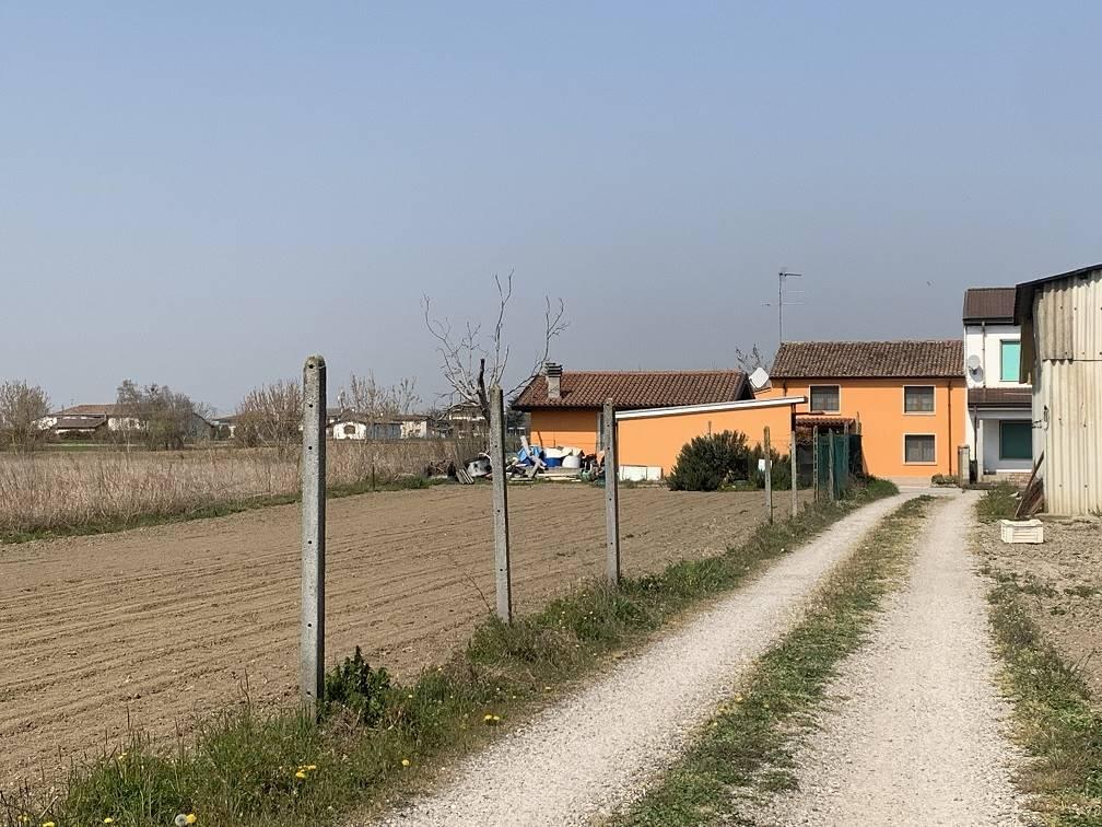 Soluzione Semindipendente in vendita a Villimpenta, 7 locali, prezzo € 140.000   PortaleAgenzieImmobiliari.it